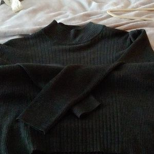 GREAT CONDITION MOCK TURTLENECK SWEATER